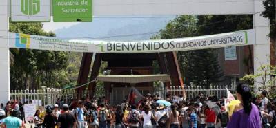Explosión en la UIS deja un estudiante herido