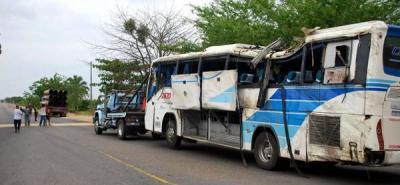 Cinco heridos dejó accidente de un bus