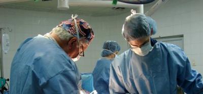 Médicos internos del HUS se declaran en cese de actividades