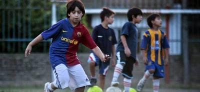 El Barcelona impulsará campus de fútbol para 10.000 niños en la India