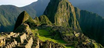 Perú espera obtener 3.100 millones de dólares por turismo durante 2011