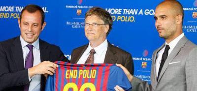 Bill Gates se pone la camiseta del Barça en una campaña para luchar contra la polio