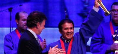 Santandereano gana premio 'Gran Maestro 2011' recuperando las memorias de su municipio