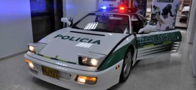 En Bogotá exhiben Ferrari de alias 'Rasguño' convertido en patrulla policial