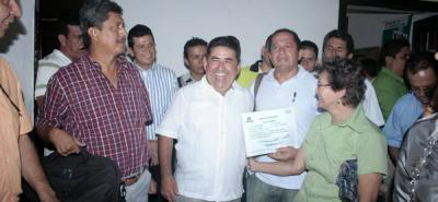 'Vasito' recibió la credencial como Alcalde electo de Girón