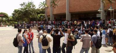 Se aplazó decisión de levartar el paro estudiantil de la UIS.