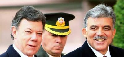 Las Farc están políticamente derrotadas: Santos.
