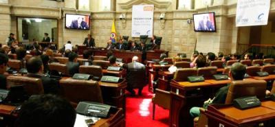 Congreso reelegirá a la mayoría de los magistrados del CNE
