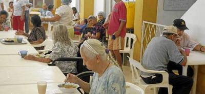 Mañana vence plazo para ayuda a adultos mayores