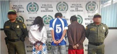 Policía capturó a tres personas y aprehendió a un adolescente por hurto