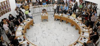 La elección del representante del Concejo en el AMB está enredada