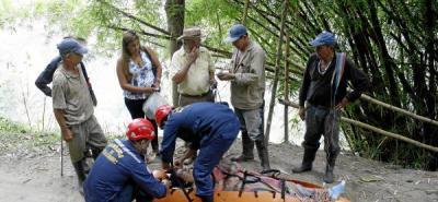 Una mujer de 60 años fue rescatada tras rodar por una ladera en Gualilo Bajo.