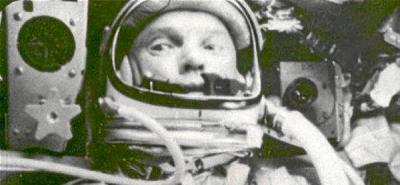 EE.UU. conmemora el 50 aniversario de su primera misión orbital tripulada