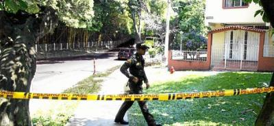 Sicarios asesinan de tres disparos a una profesora