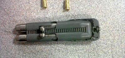 Incautan un lapicero bala doble cañón a un menor