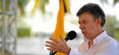 """""""No podemos volver a un periodo  de interinidad en la Fiscalía"""": Santos"""
