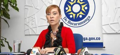 Contraloría de Bucaramanga, Magda Milena Amado Gaona, Secretaría Administrativa, Helga Ríos, Héctor Moreno Galvis.