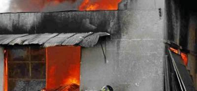 Pánico y millonarias pérdidas tras incendio en una bodega