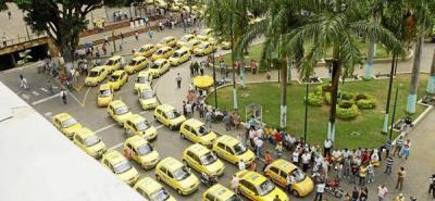Taxistas dicen que habrá paro