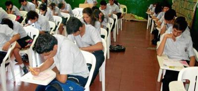 Con dos meses de atraso, Alcaldía nombró los últimos docentes de Bucaramanga