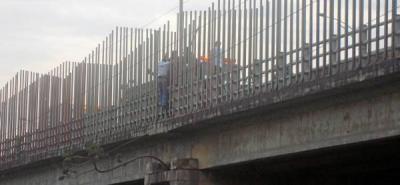 Muere hombre que se lanzó del viaducto García Cadena
