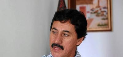 Bernabé Celis prepara su defensa en demanda por pérdida de investidura