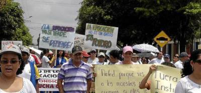 Docentes de escuelas de Ecopetrol exigieron un aumento en sus salarios