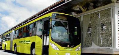 Contralorías emiten control de advertencia por riesgo de quiebra de Metrolínea