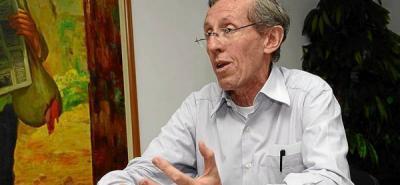 'El presidente Santos tiene un gobierno clientelista': Antonio Navarro Wolf