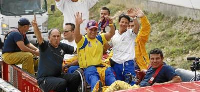 Medallista paralímpico Moisés Fuentes recorrió las calles de Bucaramanga