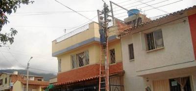 La autoridades inspeccionan los  frentes de seguridad de los barrios