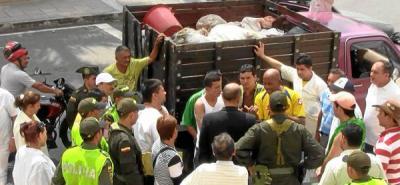 Vendedores de carne de Bucaramanga, 'embolatados' con residuos en descomposición