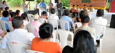 Gobierno ratificó su apoyo a las familias desplazadas