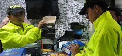 Policía incautó 231 celulares en el Centro de Bucaramanga