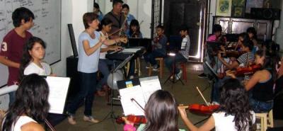 Piedecuestanos podrán ser 'semilleros' de la escuela municipal de música
