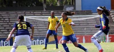 Las futbolistas colombianas lograron empatar ayer 0-0 ante la poderosa selección de Brasil y lograron su clasificación anticipada a las semifinales del Torneo Suramericano Femenino Sub-20 que se desarrolla en Uruguay.