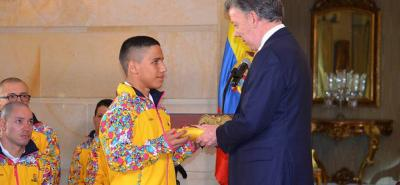 Santandereano Daniel Serrano es el abanderado de Colombia en los Parapanamericanos