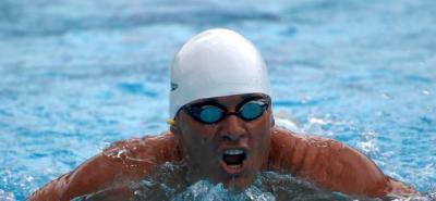 Moisés Fuentes sacó otra medalla de oro de la pileta