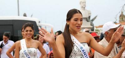 Las reinas de Colombia se gozan los 204 años de independencia de Cartagena