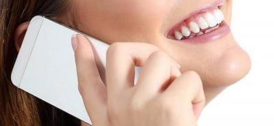 El uso constante del celular podría producir arrugas