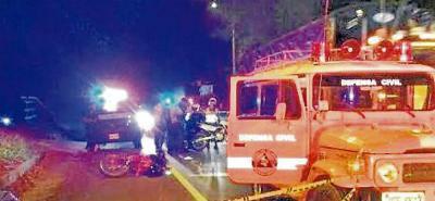 Al lugar del accidente acudieron organismos de socorro, la Policía Nacional y el CTI, para realizar el levantamiento del cadáver.