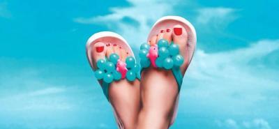 Aprenda a combinar el color de esmalte en manos y pies