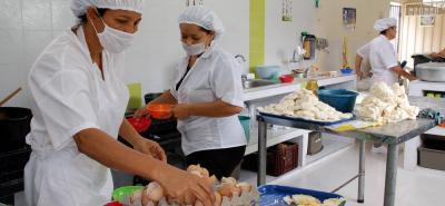 Cada día serán suministradas 16.261 refrigerios (raciones industrializadas) y 12.079 almuerzos a igual número de estudiantes de los colegios oficiales en Bucaramanga.