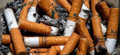 Casi seis millones de personas mueren al año por el humo del cigarrillo
