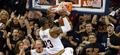 Cavaliers venció 115-101 a Warriors y fuerza el séptimo partido en las Finales de la NBA