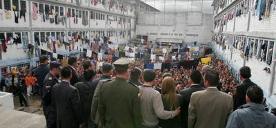 Minjusticia adelanta cátedra para la paz a internos de La Modelo