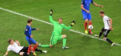 Francia derrotó 2-0 a Alemania y jugará la final de la Eurocopa ante Portugal