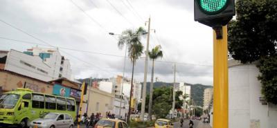 Gran parte de los equipos de control están programados de forma local y no son óptimos para el funcionamiento de la Central de Semáforos de Bucaramanga.