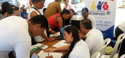 En la Feria de Servicios los residentes de Campo Madrid pudieron conocer la oferta institucional de entidades como el Sena.