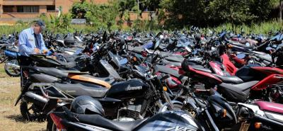 Capturada funcionaria de Tránsito de Bucaramanga por pedir dinero para realizar un trámite